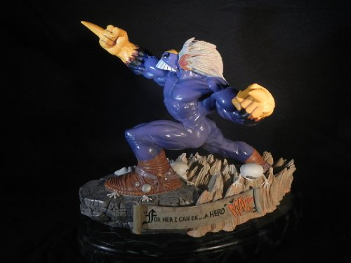 mtv-the-maxx-limited-edition-statue