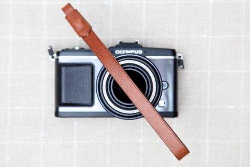 レールレザーカメラ手首ストラップブラウンfor MirrorlessカメラRF DSLR B00VLBNM0M