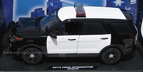 Motormax 1/18 2015 Ford PI Utility Police SUV - Blank Black & White w/ Lightbar (Toy Ford Explorer Police Car)