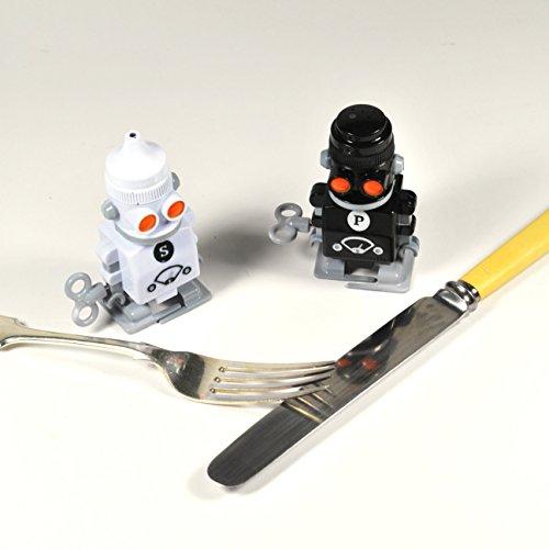 Suck Uk Wind Up Robot Salt Pepper Shakers Cool Kitchen Gifts