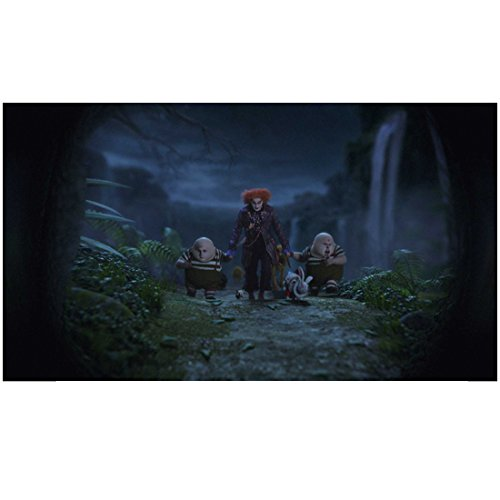 (Alice Through the Looking Glass 8x10 Photo Johnny Depp as Mad Hatter Holding Hands & Walking w/Tweedledum & Tweedledee Pose 2)