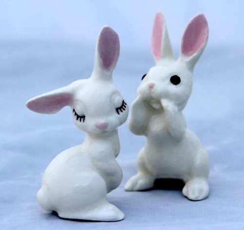 White PAPA RABBIT Whispers n MAMA's Ear MINIATURE Figurine Ceramic HAGEN-RENAKER 200