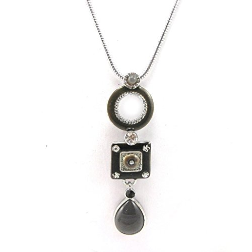 Necklace 'french touch' 'Esmeralda' gray black. - Esmeralda Costume Pattern