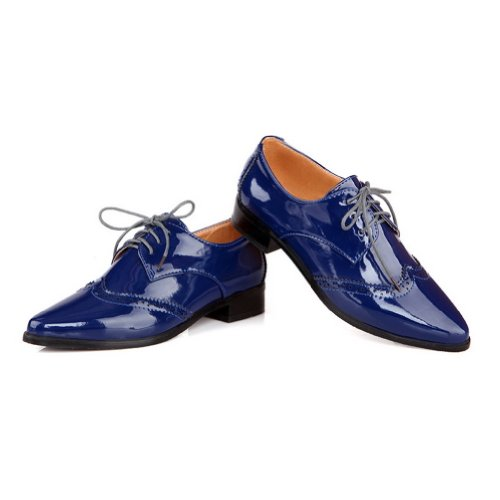 VogueZone009 Womens Closed Pointed Toe Low Heel Patent Leather PU Solid Pumps whith Bandage Blue dr3kp5