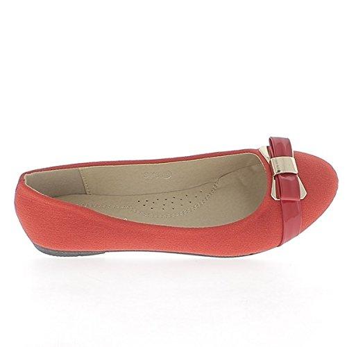 Arpillera de aspecto rojo de bailarina