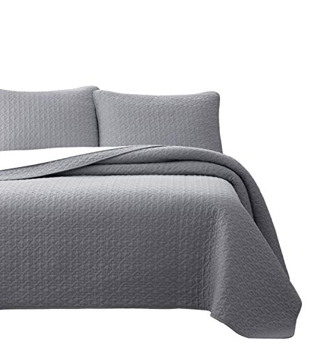 Vega Prewashed 3 Piece Quilted Quilt, Coverlet & Bed Cover Set, Stitched Pattern, Solid Color, Soft Microfiber Shell 100% Cotton Filling   Light Grey   King/Cal-King Size Bedspread