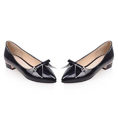 AllhqFashion Damen Niedriger Absatz Ziehen auf Blend-Materialien Spitz Zehe Pumps Schuhe Schwarz