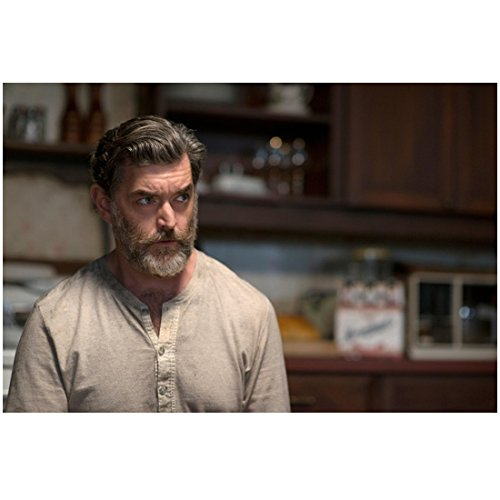 Weapon Starship Troopers (Supernatural Timothy Omundson As Cain Looking Serious In Kitchen 8 x 10 Inch Photo)