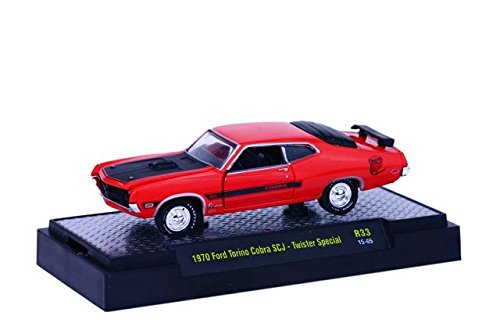 1970 FORD TORINO COBRA SCJ - TWISTER SPECIAL * Detroit Muscle Release 33 * M2 Machines 2015 Castline Premium Edition 1:64 Scale Die-Cast Vehicle & Display Case Set ( R33 15-65 ) 1970 Ford Torino Cobra Jet