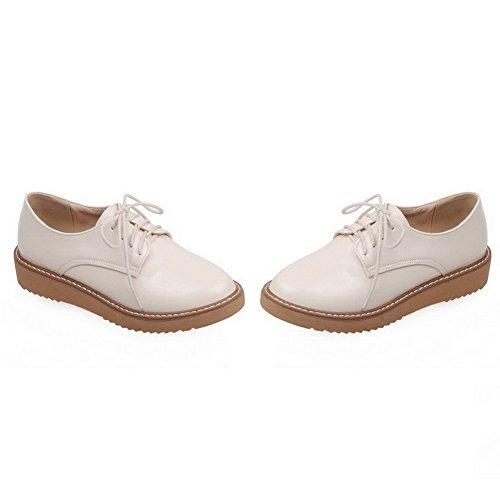 AllhqFashion Damen Niedriger Absatz Blend-Materialien Rein Schnüren Rund Zehe Pumps Schuhe Cremefarben