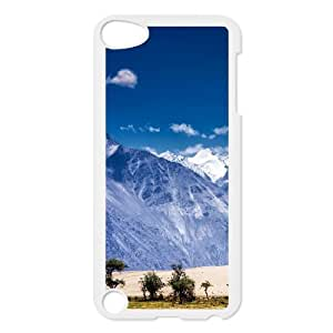 Ipod Touch 5 Cases the Cold Desert of Nubra Valley in Ladakh, India, Sand & Desert Cases Tyquin, {White}