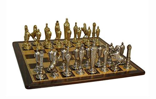 (Ital Fama Renaissance Set On Ebony and Birdseye Chess Board)