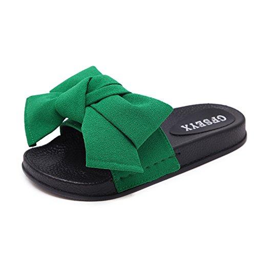 Amplias y cómodas sandalias de fondo plano Thirty-seven