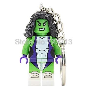 Amazon.com: Llavero con figura de superhéroe Quicksilver ...
