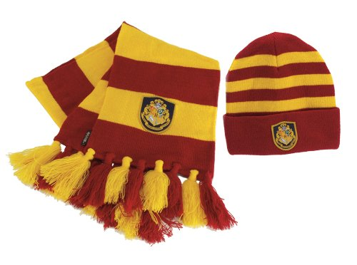 2038f8d47a444 Amazon.com  Hogwart s Knit Hat Scarf  Toys   Games