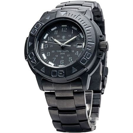Smith & Wesson Men's SWW-900-BLK Diver Swiss Tritium Black Dial Metal and Rubber Band Watch