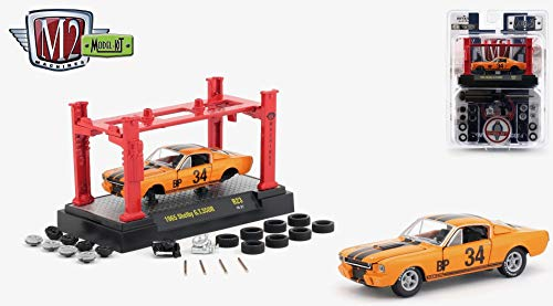 M2 Machines 1965 Shelby G.T. 350R (Orange Fury w/ Black Stripes) 2018 Detroit Muscle Model Kit (Release 23) - 1:64 Scale Die-Cast Vehicle & Auto-Lift Building Set (R23 18-27) ()