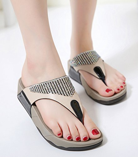 Toe Beach Strap Shoes Soft Summer Women's Flip Sandals T Sparkling CAMSSOO Bead Pu 1 Round Flops Bohemia Platforms Black Wedge Slippers pvYwWqE