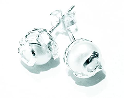 PEARL EARRINGS - River Rock Centerpieces