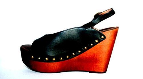 Donna Jeffrey Campbell scarpa