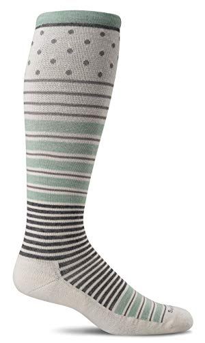Sockwell Women's Twister Graduated Compression Socks, Natural, Small/Medium
