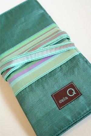 della Q Tri-Fold Knitting Case for Circular Knitting Needles 004 Red Stripes 1145-1-004