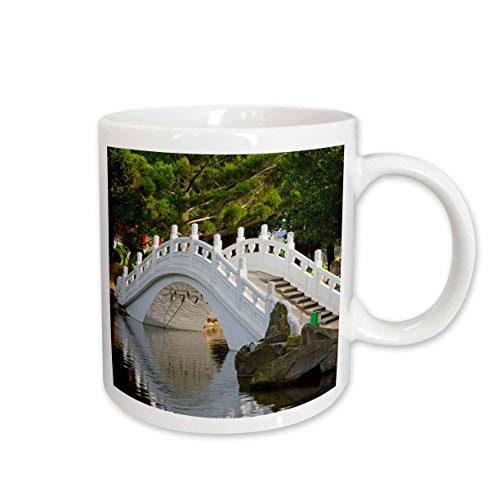 3dRose Danita Delimont - Taiwan - Bridge in Liberty Square, AKA Freedom Square, garden, Taipei, Taiwan - 11oz Two-Tone Green Mug (mug_312810_7)