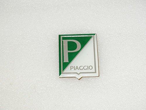 royal-crusaders-vespa-horncast-badge-piaggio-logo-dark-green