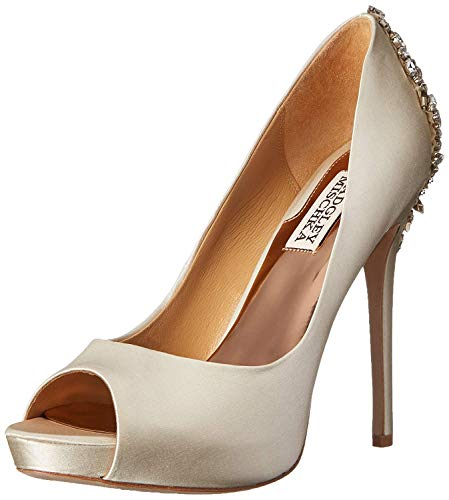 Badgley Mischka Women's Kiara Dress Pump, Ivory, 9 M US