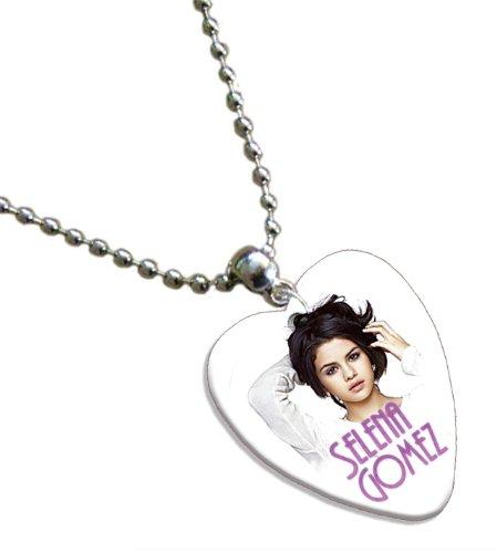 Selina Gomez Love Heart Guitar Pick Collier Band Médiator