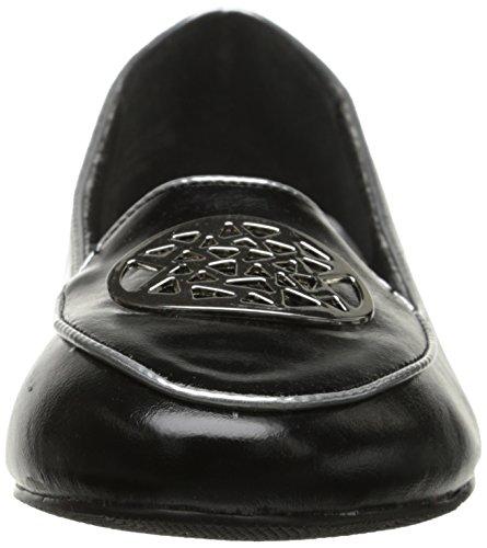 Le Scarpe Di Annie Si Vestono Di Nero