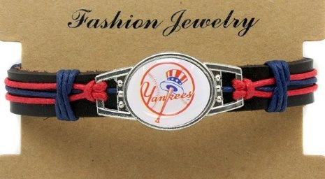 New York Yankees Adjustable Leather Wristband Jewelry Bracelet - Shipped from U.S.A. (New York Yankees Wristbands)