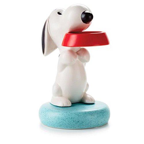 Hallmark PAJ1140 Peanuts Snoopy Holding His Bowl Ceramic (Peanut Coin Bank)