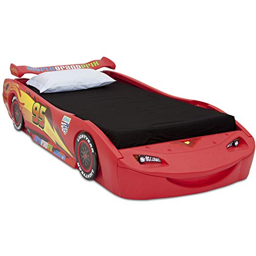 Disney/Pixar Cars Lightning McQueen Twin Bed with Lights by Delta Children