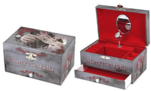 Twilight Eclipse MARRY ME, BELLA Musical Jewelry Box With Wearable Engagement Ring (Belle Musical Jewelry Box)
