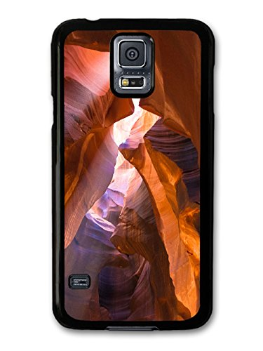 Impressive Caves With Sunlight In A Cool Style Design coque pour Samsung Galaxy S5