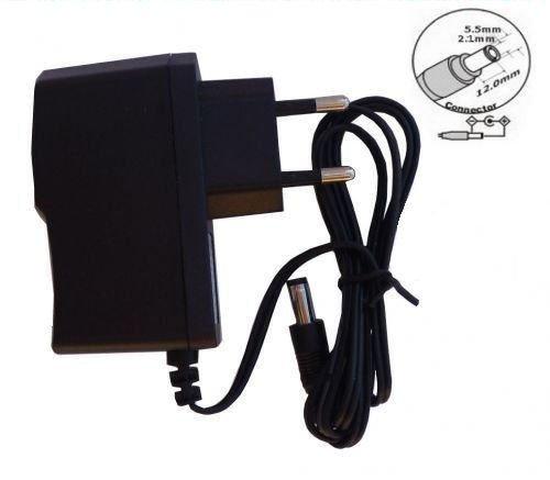 11 opinioni per RCE 12V1A Alimentatore per Telecamera di Videosorveglianza o Striscia LED RGB
