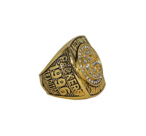 GREEN BAY PACKERS (Brett Favre) 1996 SUPER BOWL XXXI WORLD CHAMPIONS (Tradition) Vintage Rare & Collectible High Quality Replica NFL Football Gold Championship Ring with Cherrywood Display Box