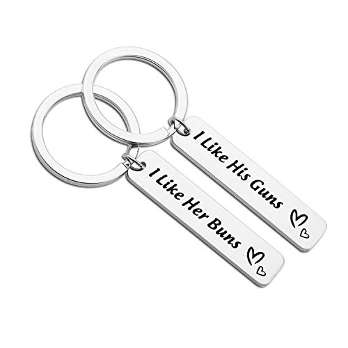 MAOFAED Funny Couples Gift I Like His Guns I Like Her Buns Heart Keychain Set for Boyfriend Girlfriend Husband Wife (I Like His Guns I Like Her Buns) by MAOFAED