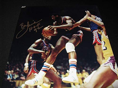 Bob Lanier Detroit Pistons Autographed Signed Memorabilia 16x20 Photo PSA/DNA Hof 92