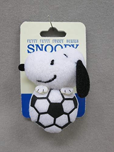 スヌーピー ぬいぐるみバッジ サッカー