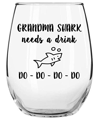 Funny Grandma Gifts (Grandma Shark Needs a Drink Do Do Do Do Funny Novelty Libbey Stemless Wine Glass with Sayings - Gifts for Grandmas - Birthday, Christmas, Mothers Day)