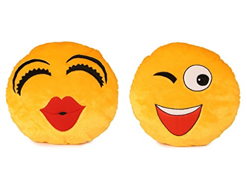 Deals India Kiss Smiley and Wink Smiley Cushion   35 cm smiley3 amp;4 Set of 2