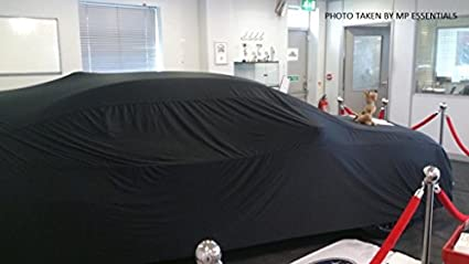 garage et salle dexposition compl/ète Housse de voiture MP Essentials doux Tissu respirant en int/érieur Rouge /…