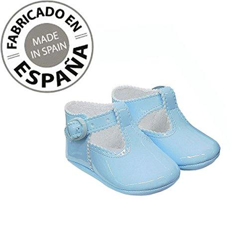 Zapato de Bebe Niño en Charol Celeste