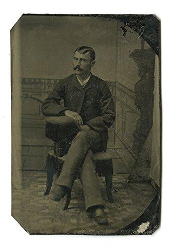 19th Century Tintype Portrait - Original Vintage Photo - Posed Gentleman