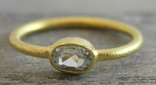 (Petite Oval Prasiolite Green Amethyst Gemstone Gold Plated Sterling Silver Ring, size 6)