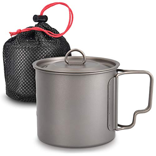 Navaris Titanium Camping Cup Mug - 600 ml (20.3 oz) Metal Cookware Pot for Coffee, Water and Hot or Cold Food with Lid, Folding Handle, Bag - Size L