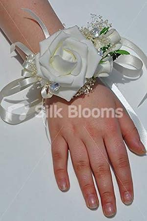 Silk Blooms Ltd - Ramillete de muñeca Artificial de Espuma de Color Marfil y gypsophila con Pulsera de Cinta: Amazon.es: Hogar