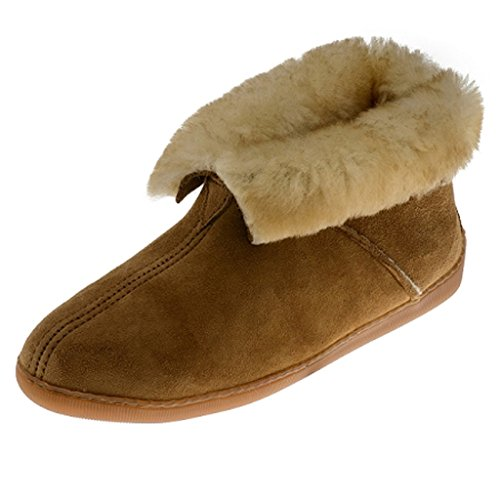 Minnetonka Men's Sheepskin Ankle Boot Golden Tan 12 M